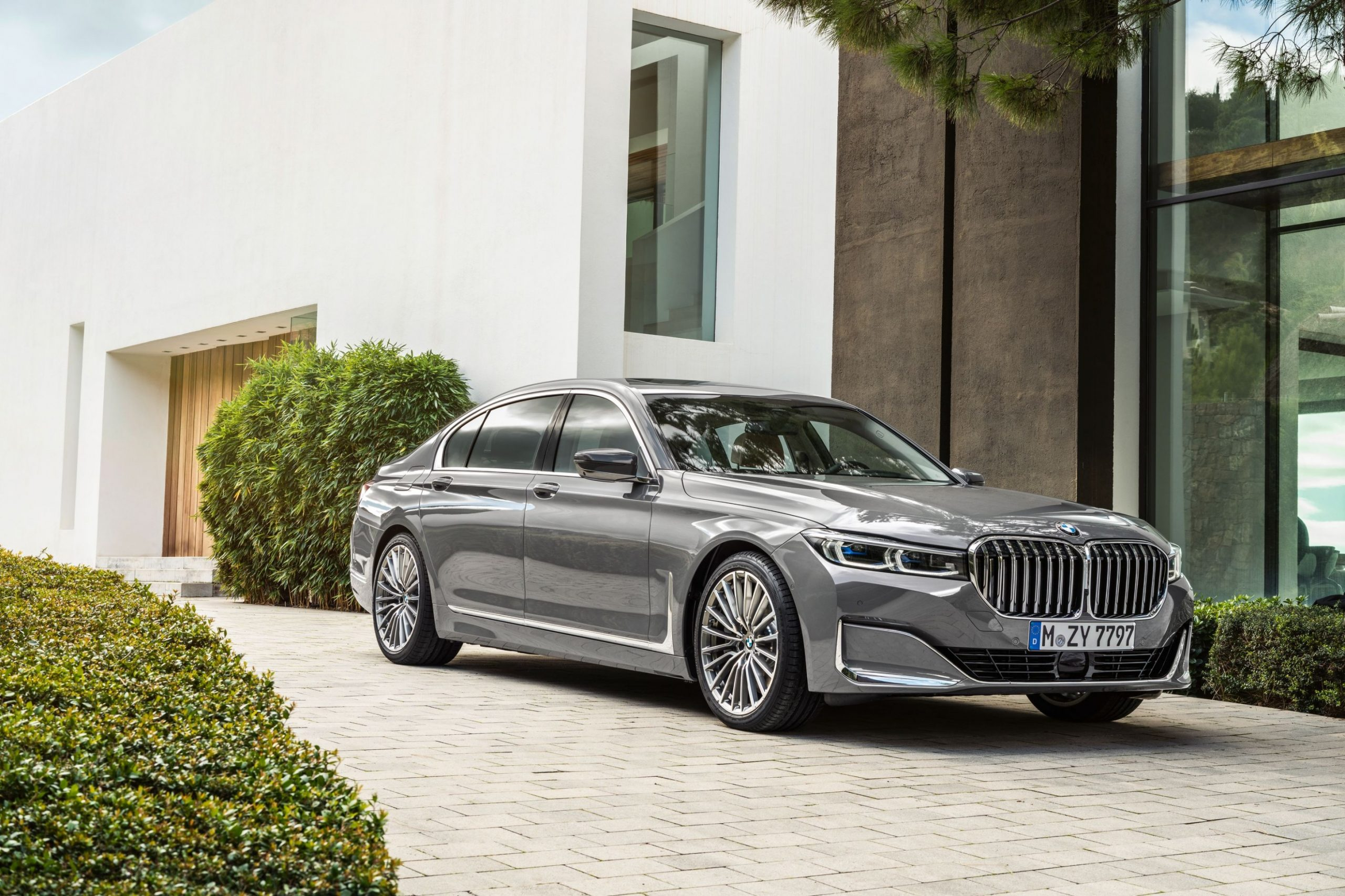 3 BMW 3-Series Review, Pricing, and Specs - 2021 BMW 750Li