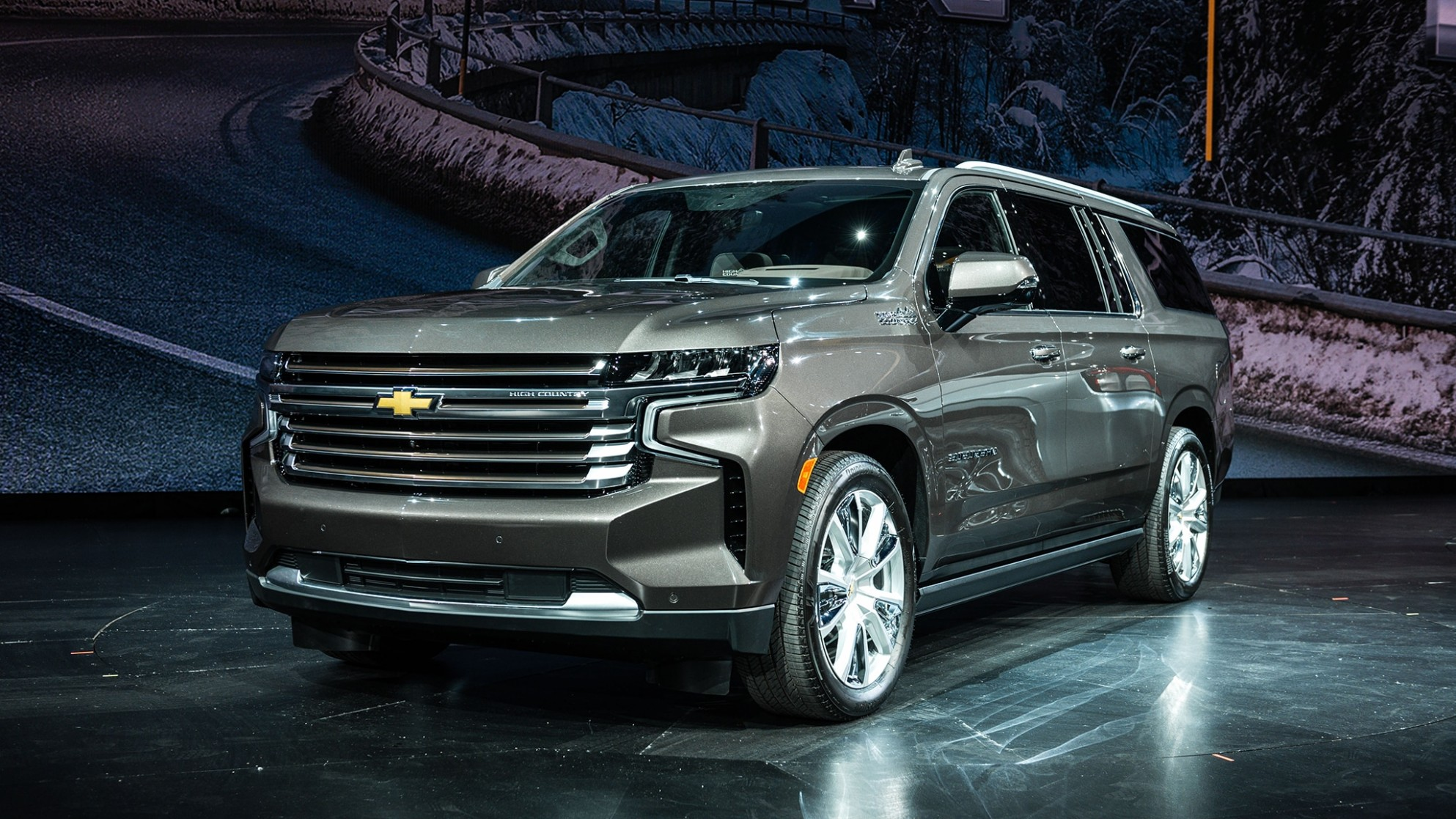 3 Chevrolet Suburban First Look: Biggest and Baddest Full-Size SUV? - When Will The 2021 Chevrolet Suburban Be Released