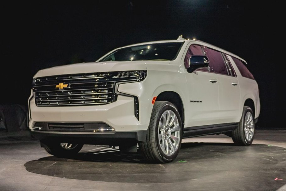 3 Chevy Suburban debuts with optional diesel power - Roadshow