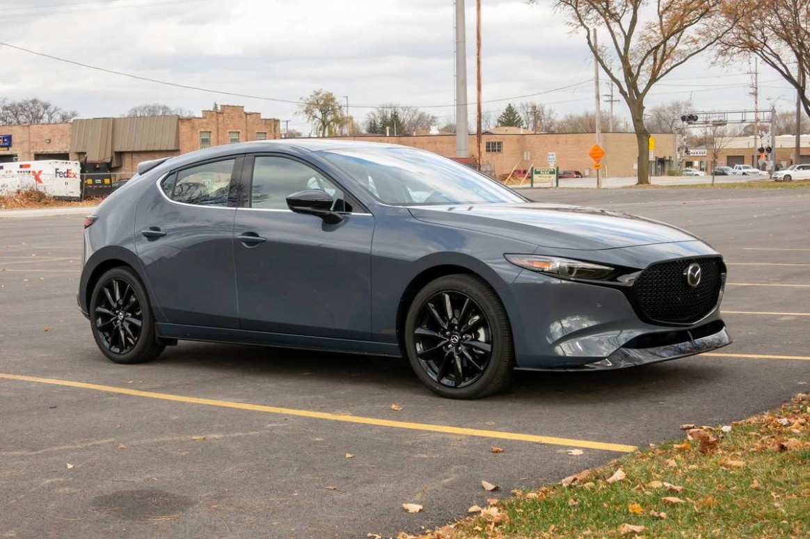 3 Mazda3: 3 Things We Like (and 3 We Don't)  News  Cars.com