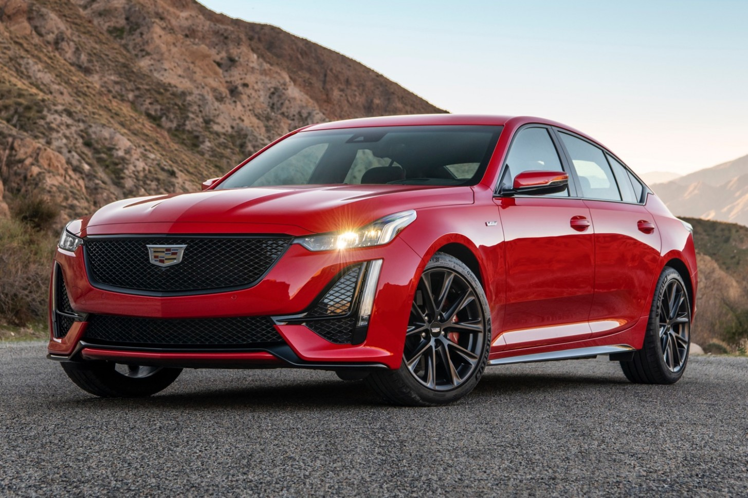 4 Cadillac CT4 Sport Gets New V Performance Package - Cadillac V Series 2021