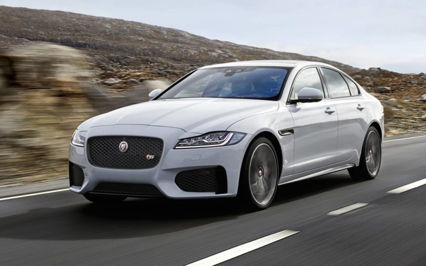 4 Jaguar XF Prices Reduced By 4% In The UK To Boost Sales - Jaguar Xe 2021 Uk