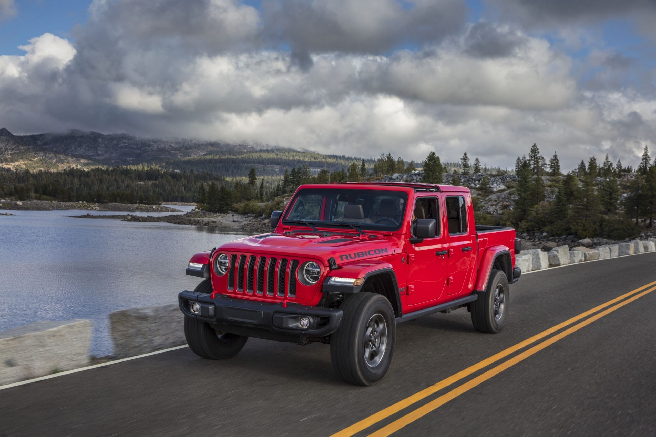 4 Jeep Gladiator Review, Pricing, and Specs - Jeep Truck 2021 Specs