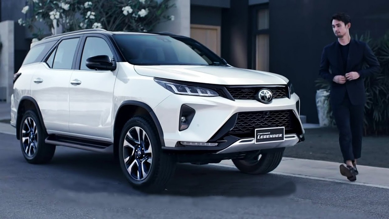 4 Toyota Fortuner - Return Of The King (Awesome SUV) - Toyota New Fortuner 2021