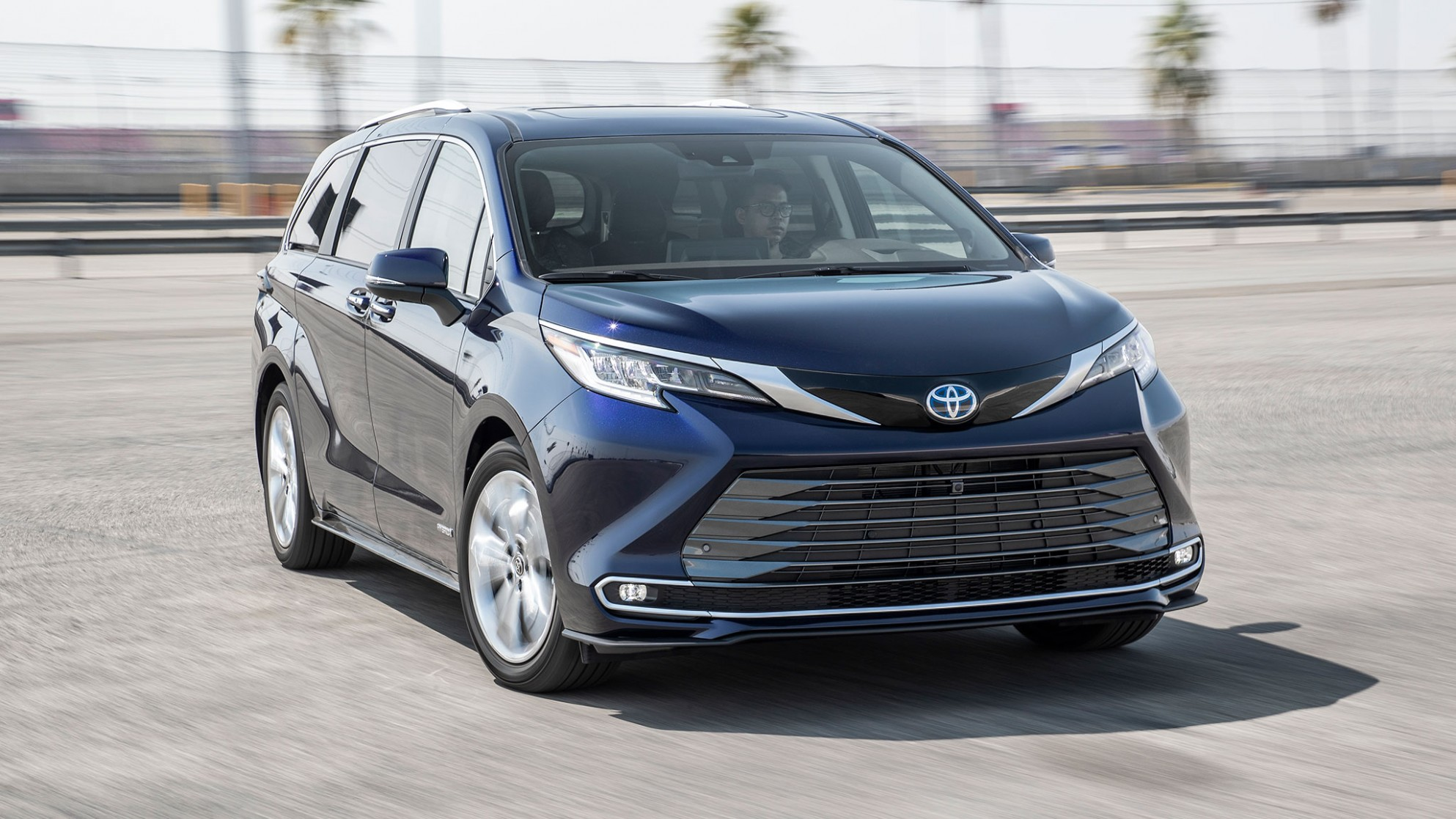 4 Toyota Sienna First Test—Making Minivans Cool Again - Toyota Minivan 2021