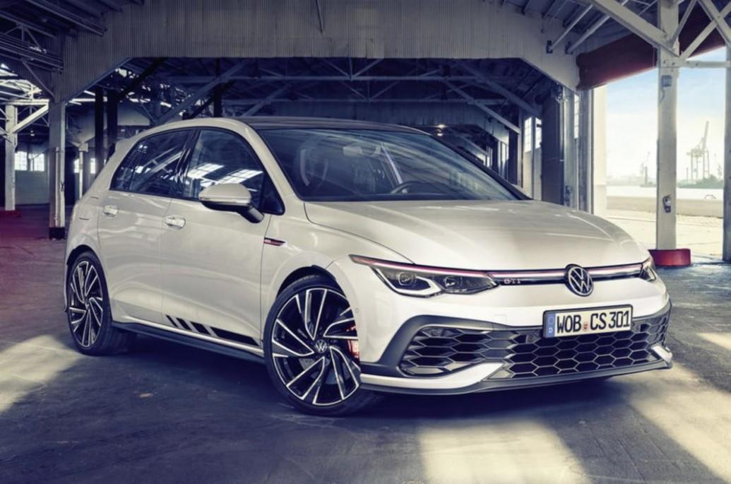 4 Volkswagen Golf GTI Clubsport Unveiled With 4 HP Engine