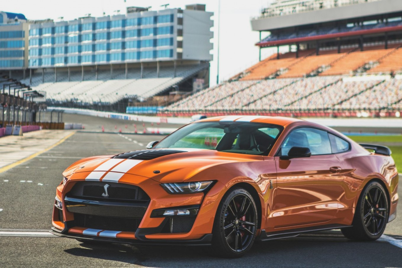 5 Ford Mustang Shelby GT 5 Includes Driver Training
