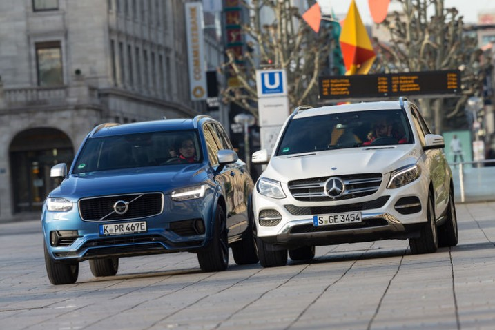 Comparison test Mercedes GLE 5 e vs Volvo XC5 T5 AWD - MercedesBlog - 2021 Gle Vs Volvo Xc90