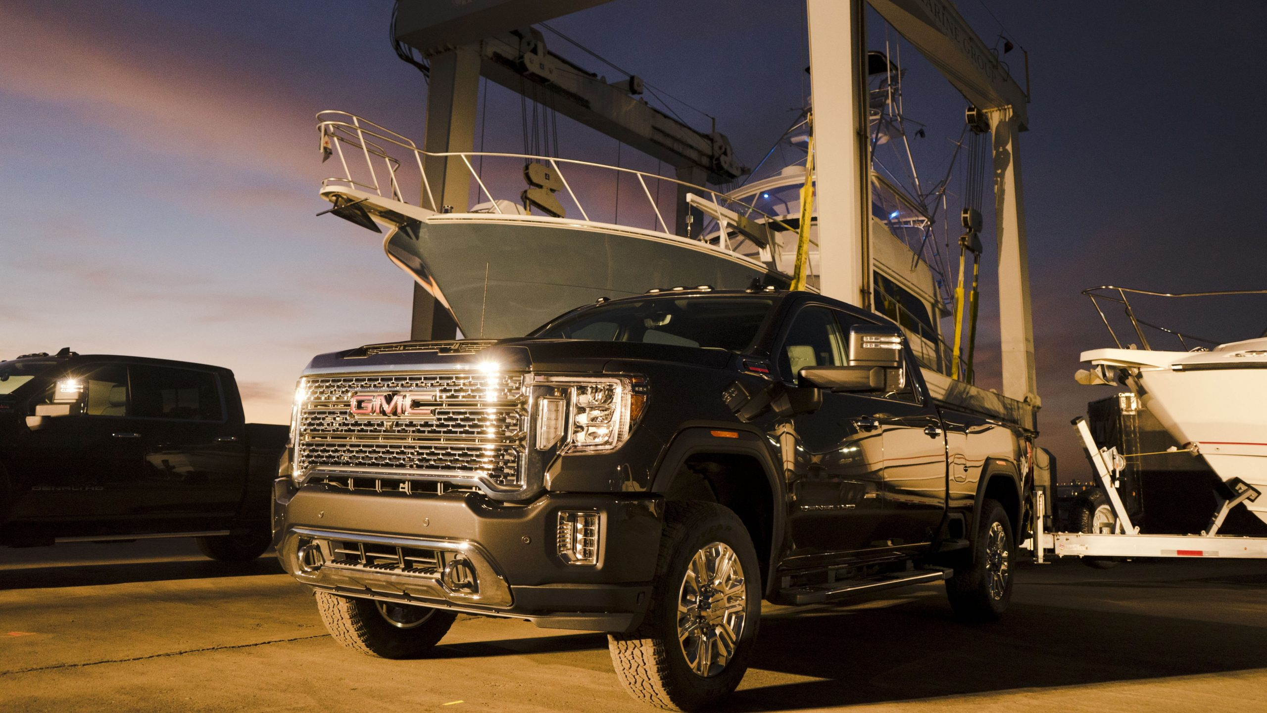 New 4 GMC Sierra HD Has More Tech, More Power, and X-Ray Vision