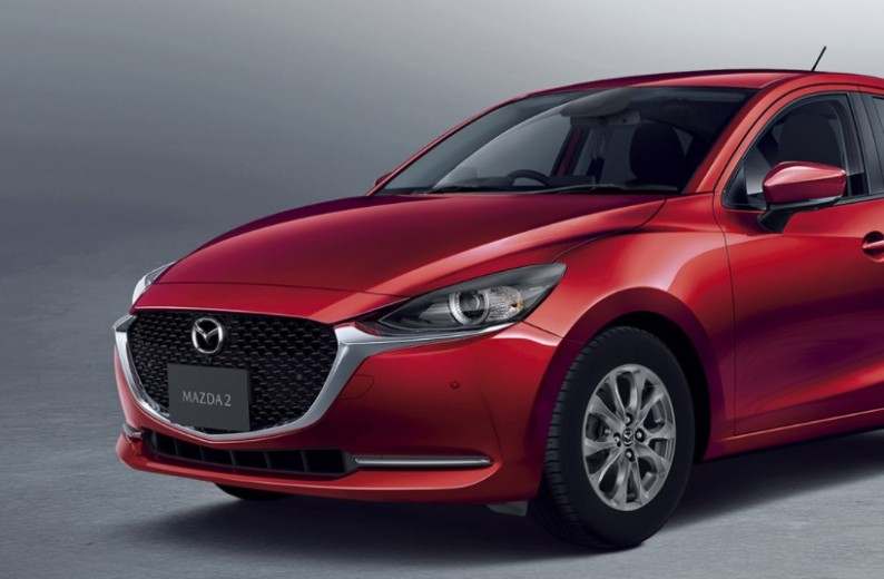 The New 4 Mazda 4: New Style Design, New Engin System  JayCars